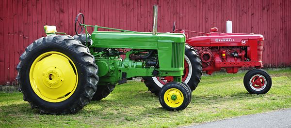 Farm machine highway safety american farm services as your operation begins to prosper you may find that youre no longer confined to just one location farmers are spending more time today moving equipment sciox Image collections